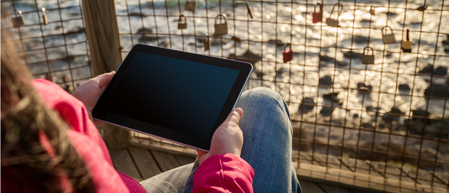 6 amazing software solutions to manage your business on the go